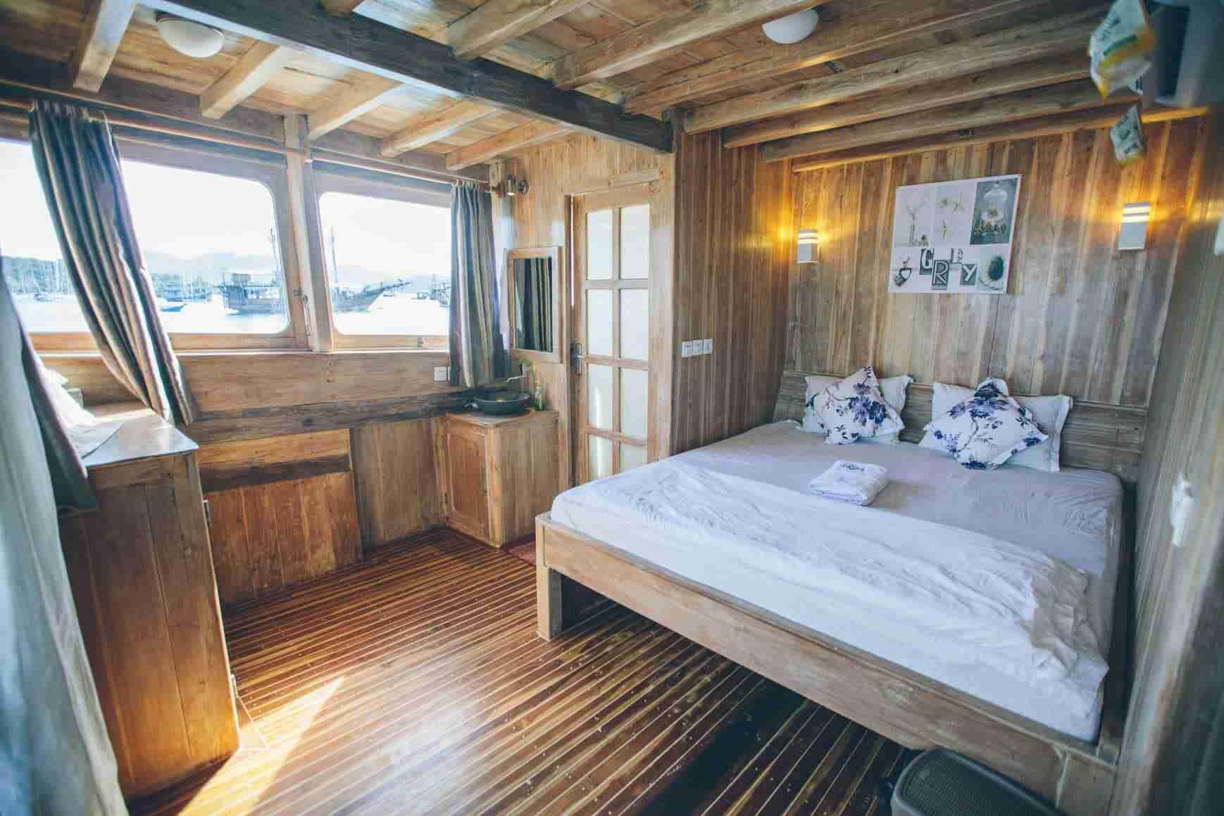 master-bedroom (1)