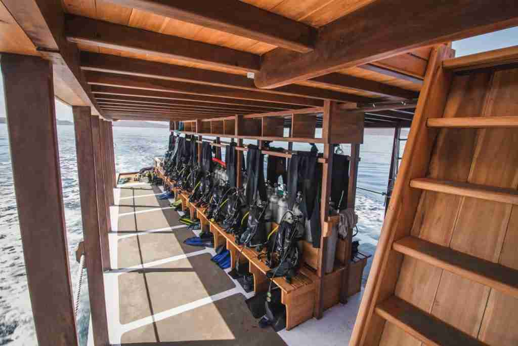 The impressive dive deck on Yolande, the most comfortable dive boat in Labuan Bajo, sailing through Komodo National Park